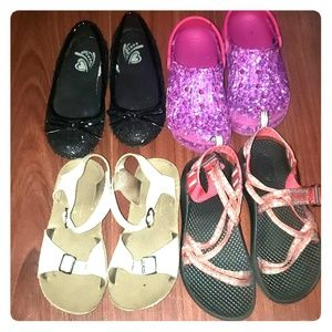 Lot of 4 pairs size Toddler 12 Chacos Crocs SunSan